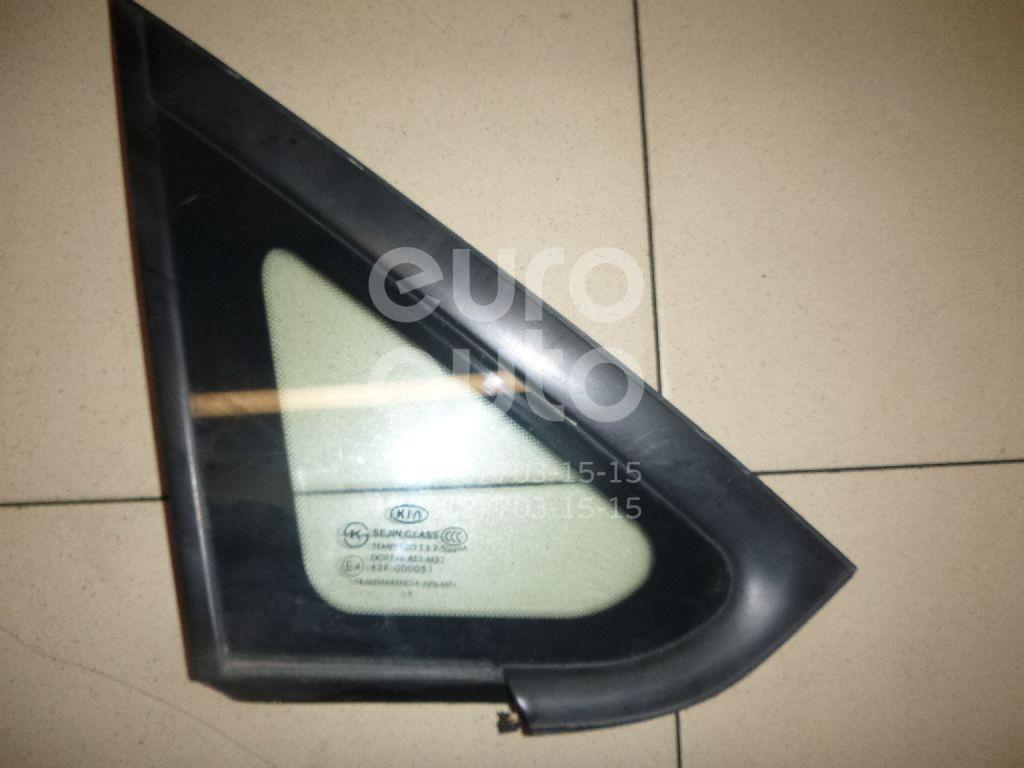 Стекло кузовное глухое правое Kia Carens 2006-2012; (878801D000)