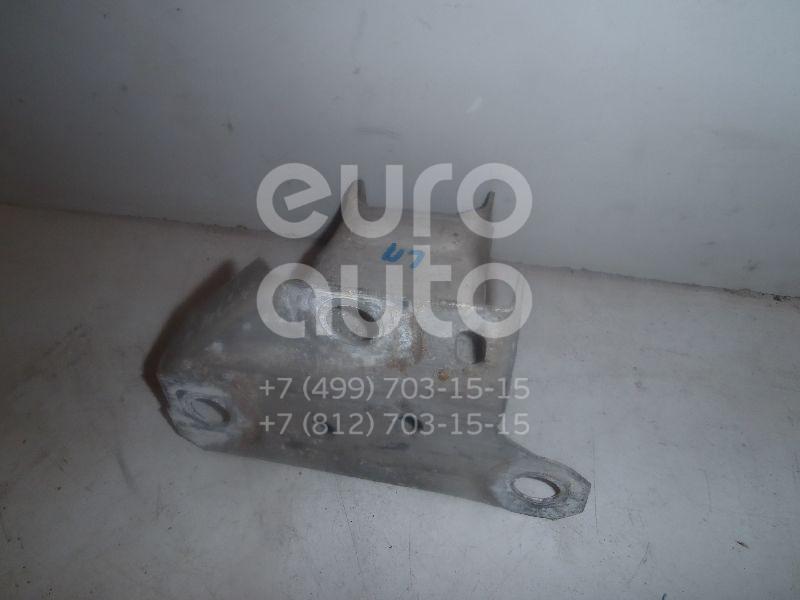 Купить Кронштейн усилителя переднего бампера левый Renault Clio III 2005-2012; (8200834858)