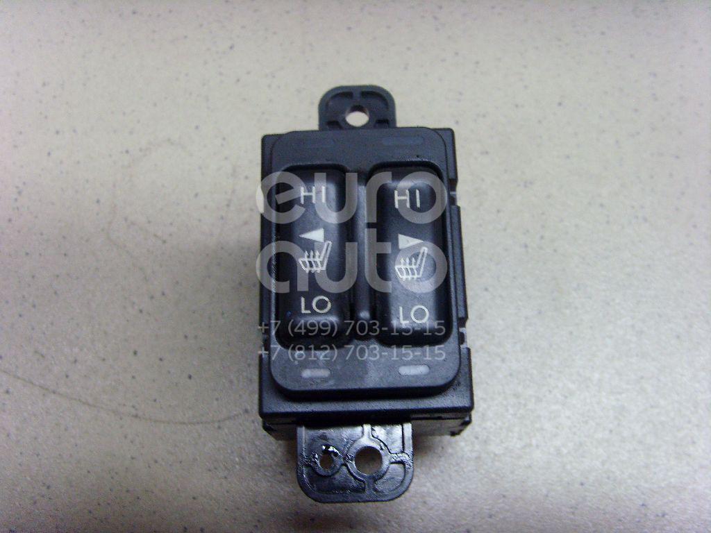 Купить Кнопка обогрева сидений Subaru XV (G33, G43) 2011-; (83245FJ001)