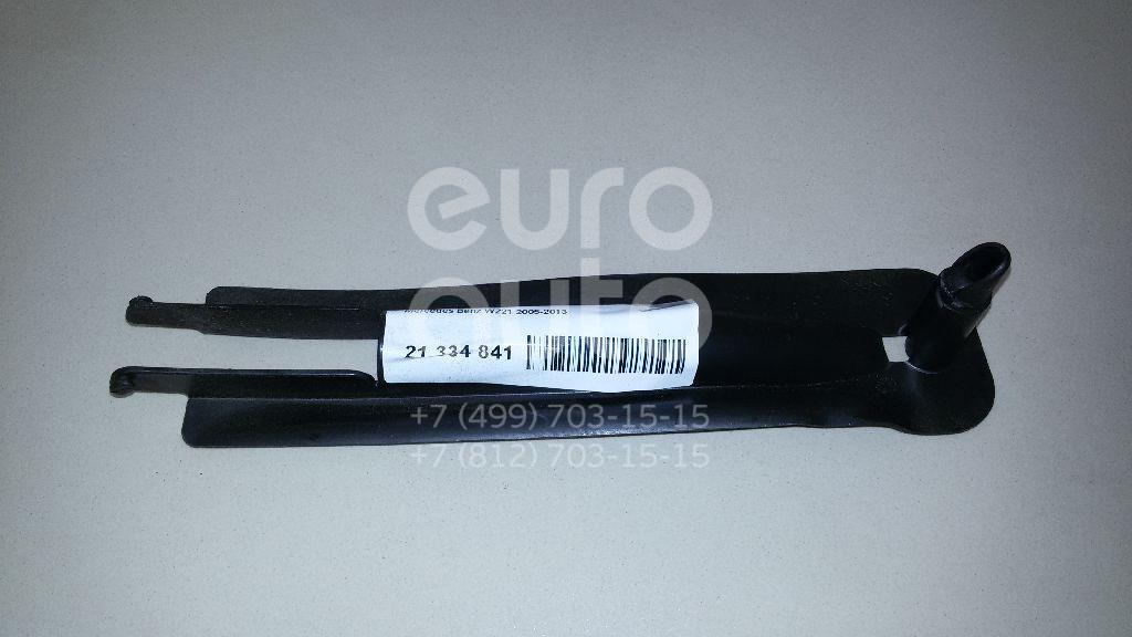 Купить Накладка (кузов внутри) Mercedes Benz W221 2005-2013; (2215462580)