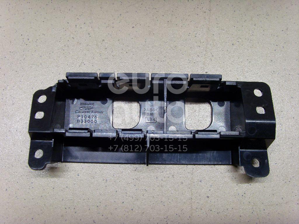 Купить Кронштейн (сопут. товар) Nissan Patrol (Y62) 2010-; (681671LA0A)