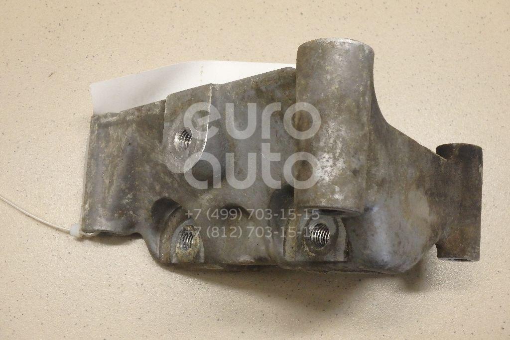 Купить Кронштейн двигателя CHRYSLER Voyager/Caravan/Town-Country (RT) 2007-; (5184322AE)