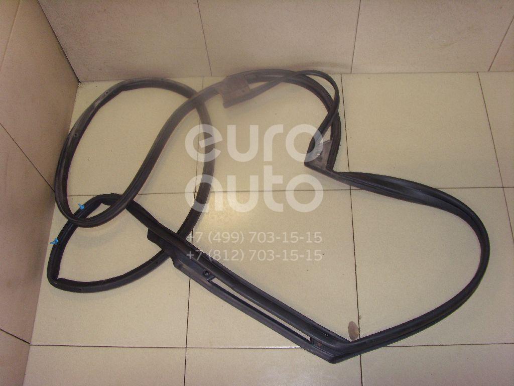 Купить Уплотнитель двери Infiniti FX/QX70 (S51) 2008-; (828301CA0A)