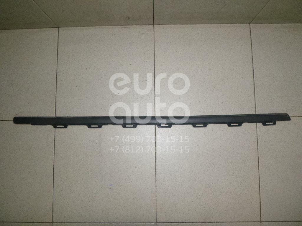 Купить Накладка стекла переднего правого Peugeot 208 2012-; (9673085080)