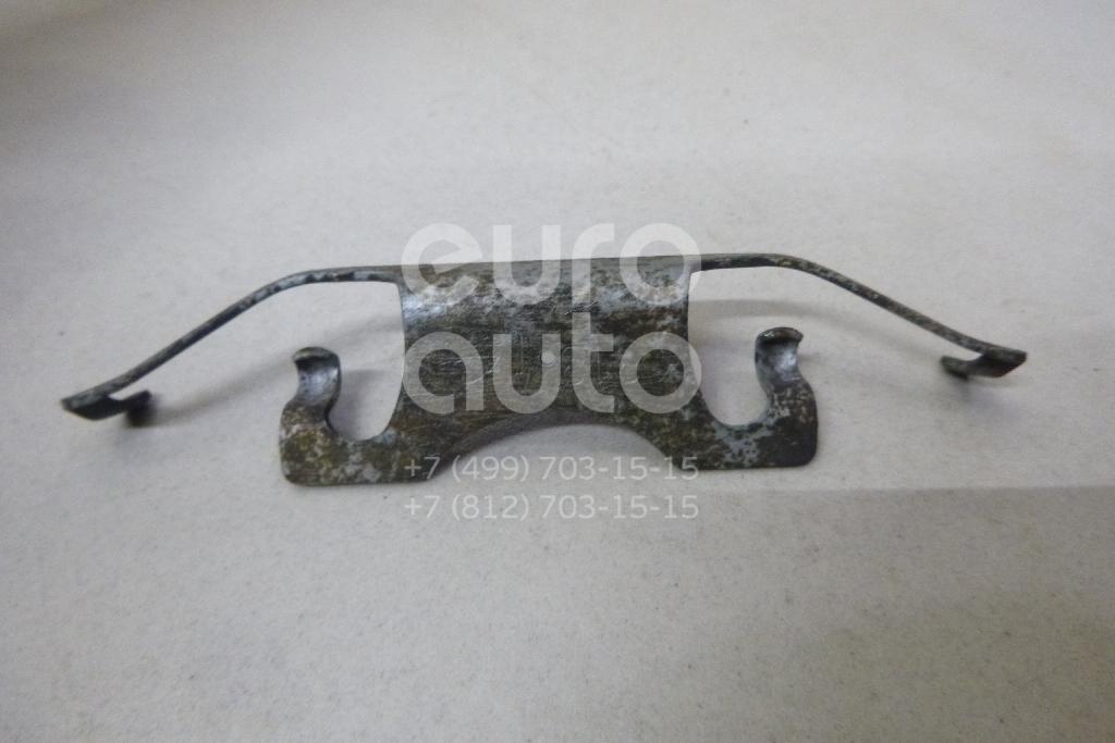 Купить Пружина возвратная тормозных колодок Jeep Grand Cherokee (WK2) 2010-; (68052384AA)