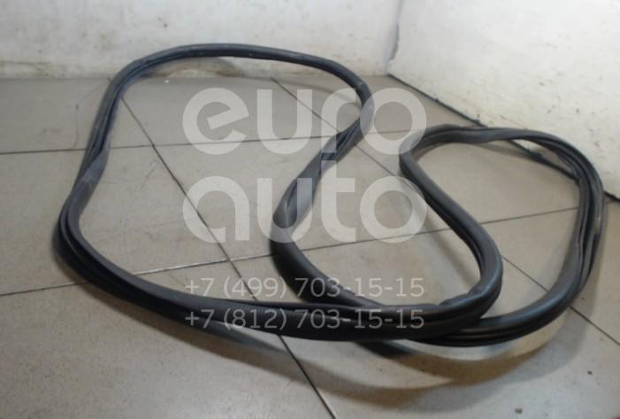 Купить Уплотнитель двери Kia Sportage 2004-2010; (821201F000WK)
