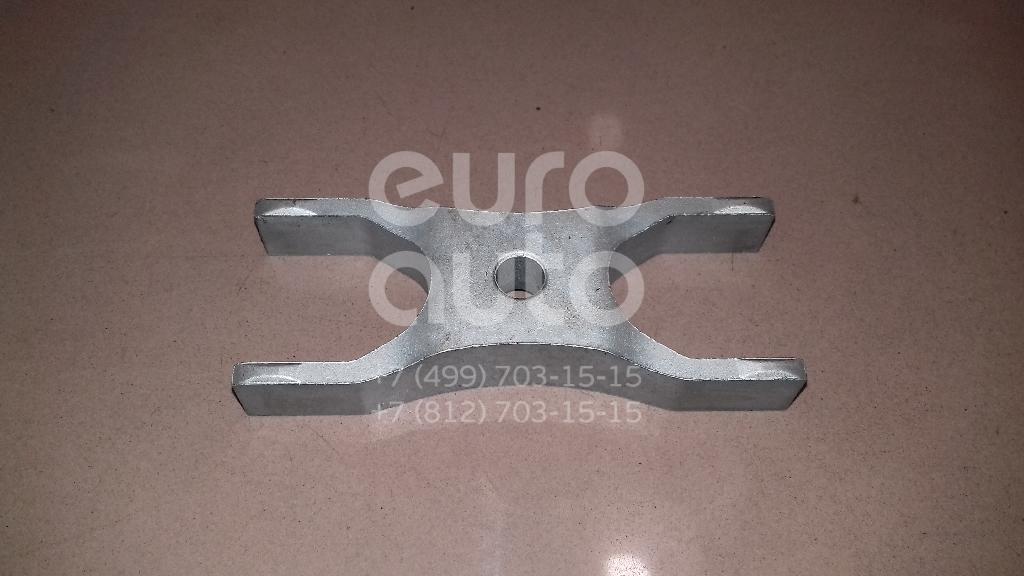 Купить Кронштейн форсунки Audi Q3 2012-; (04L130216)