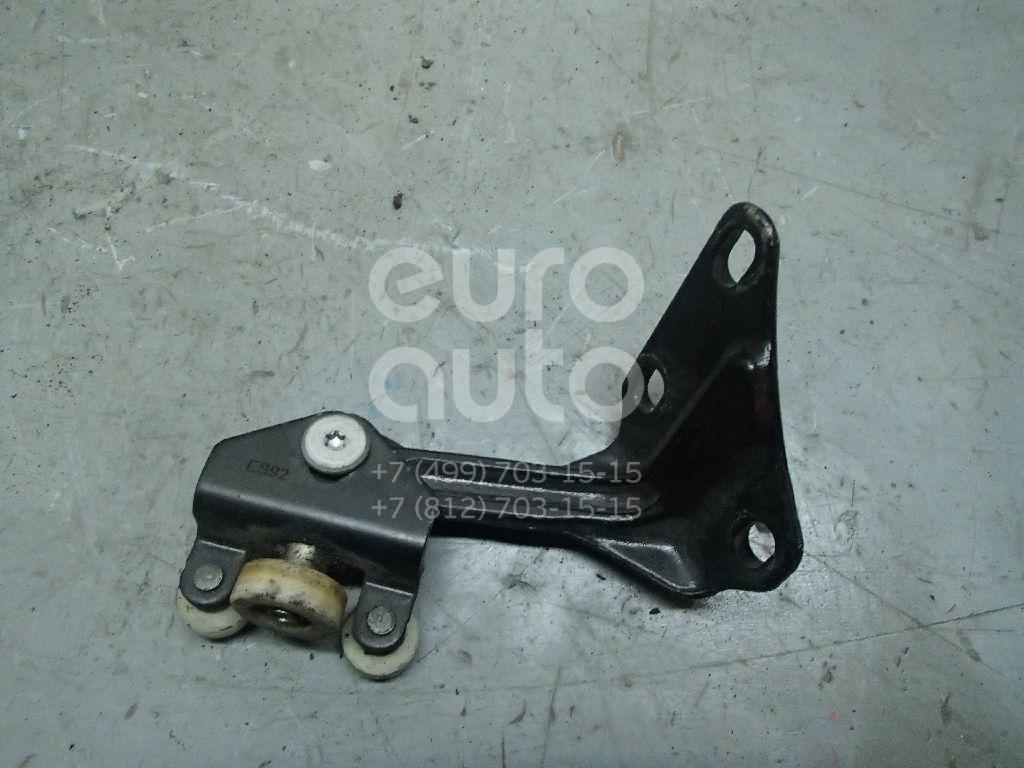 Купить Ролик двери сдвижной верхний VW Crafter 2006-; (2E1843435)