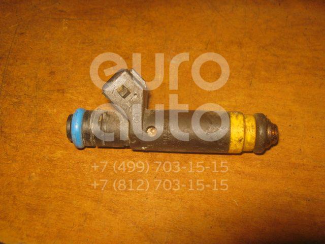 Купить Форсунка инжекторная электрическая Renault Clio II/Symbol 1998-2008; (8200128961)