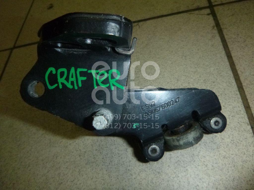 Купить Ролик двери сдвижной средний VW Crafter 2006-; (9067600247)