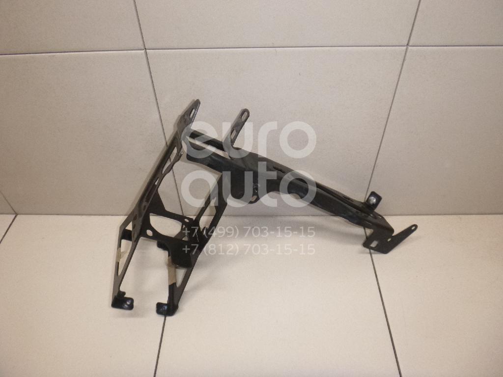 Купить Кронштейн крепления фары BMW 3-серия F30/F31 2011-; (51647245791)