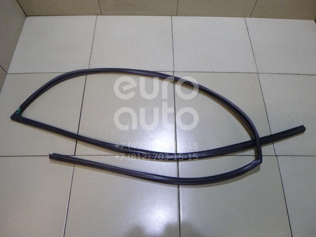 Купить Уплотнитель стекла двери Lexus RX 300/330/350/400h 2003-2009; (6815148030)