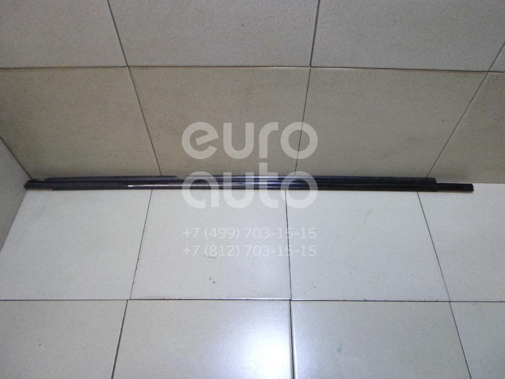 Купить Накладка стекла заднего правого Lexus RX 300/330/350/400h 2003-2009; (7573048031)