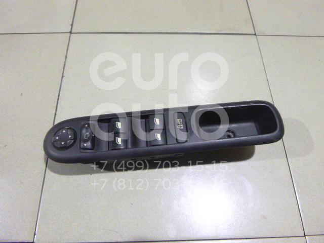 Купить Блок управления стеклоподъемниками Peugeot 3008 2010-; (6490X6)