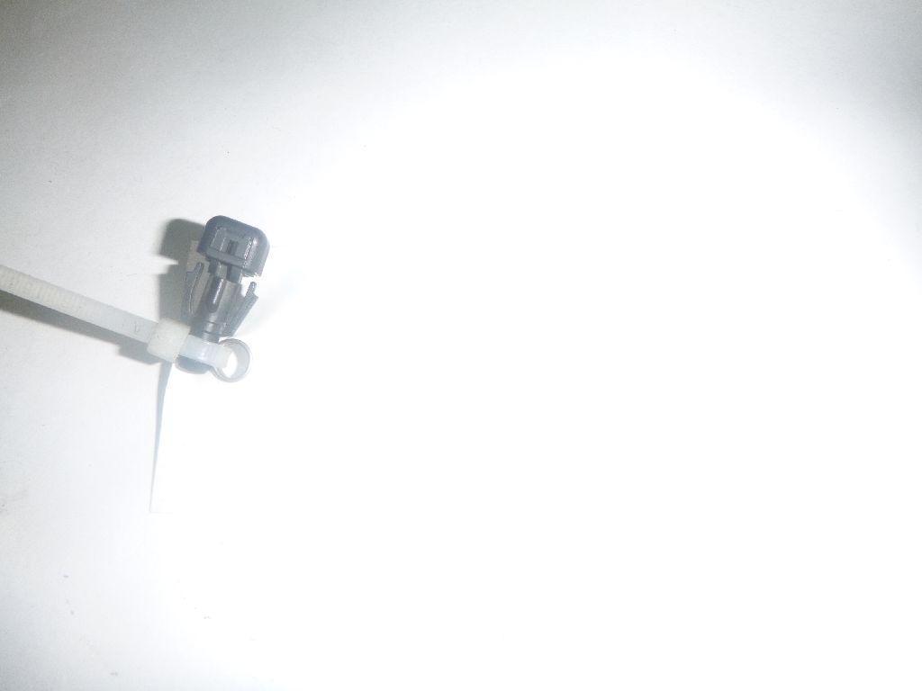 Купить Форсунка омывателя лобового стекла Chevrolet Trail Blazer 2001-2010; (15173510)