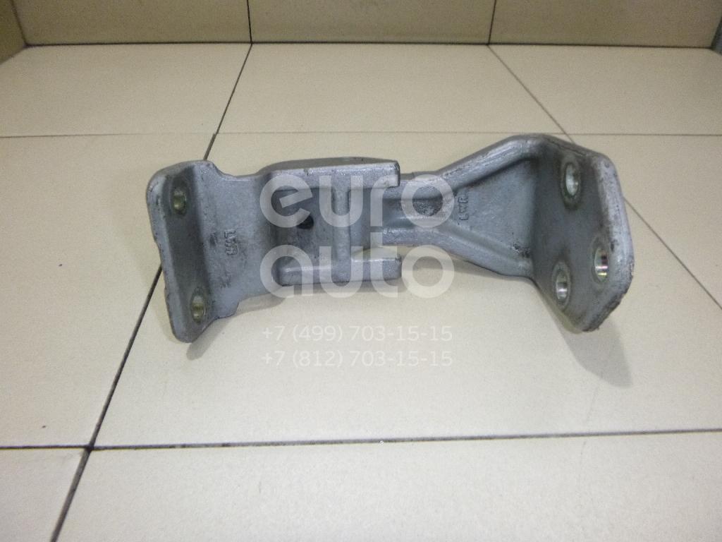 Купить Петля двери багажника нижняя Hyundai Starex H1/Grand Starex 2007-; (797504H800)