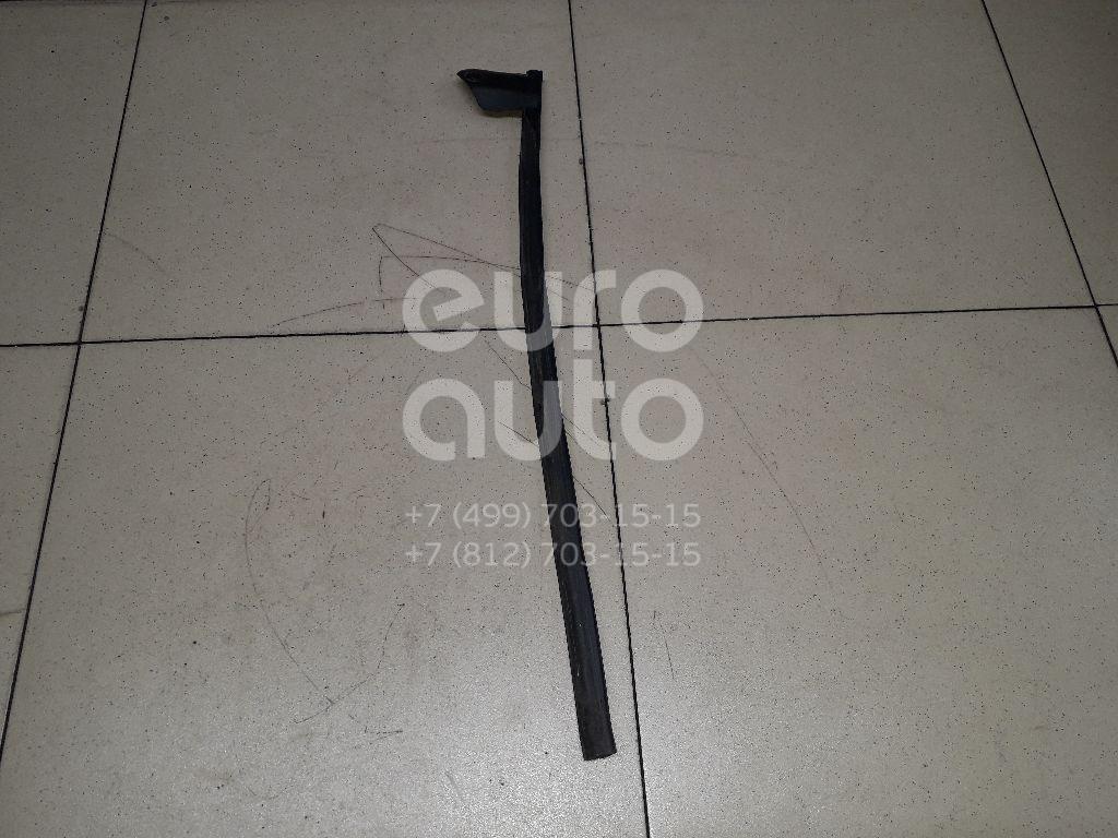 Купить Уплотнитель двери Nissan Qashqai (J10) 2006-2014; (82839JD010)