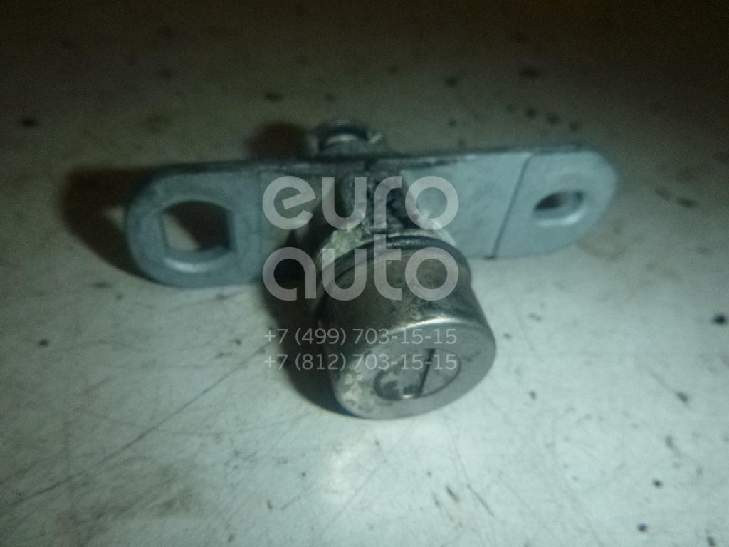 Купить Вставка замка багажника Mitsubishi Lancer (CX, CY) 2007-; (6370A864)