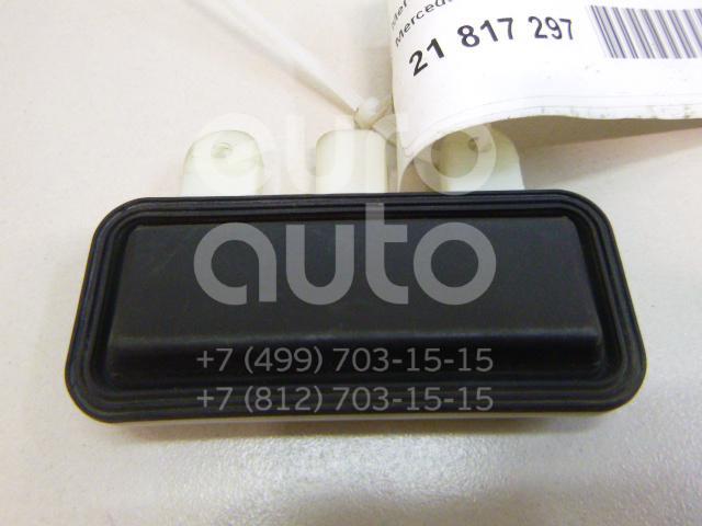 Купить Кнопка открывания багажника Mercedes Benz W205 2014-; (2218702410)