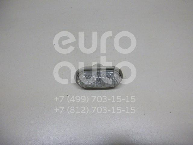Купить Повторитель на крыло белый Renault Trafic 2001-2014; (8200194580)