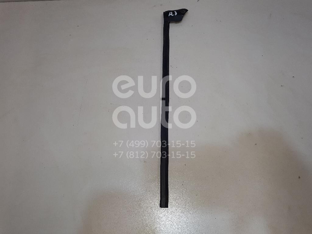 Купить Уплотнитель двери Nissan Qashqai (J10) 2006-2014; (82838JD01D)