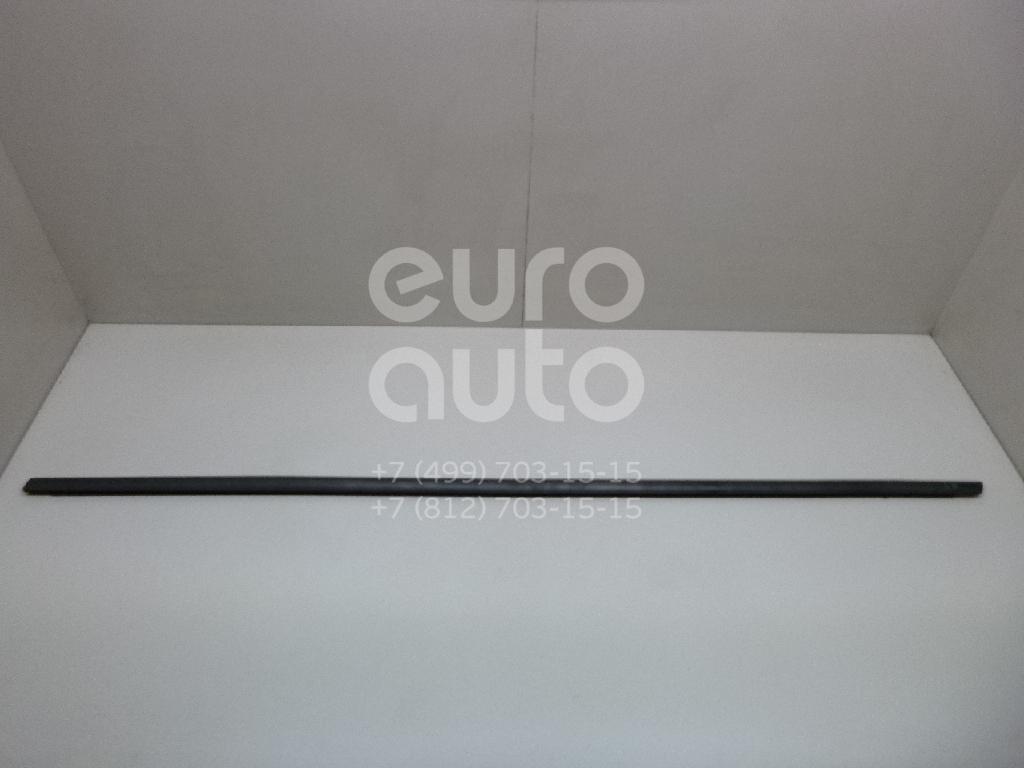 Купить Накладка стекла переднего левого Peugeot 3008 2010-2016; (9309R4)