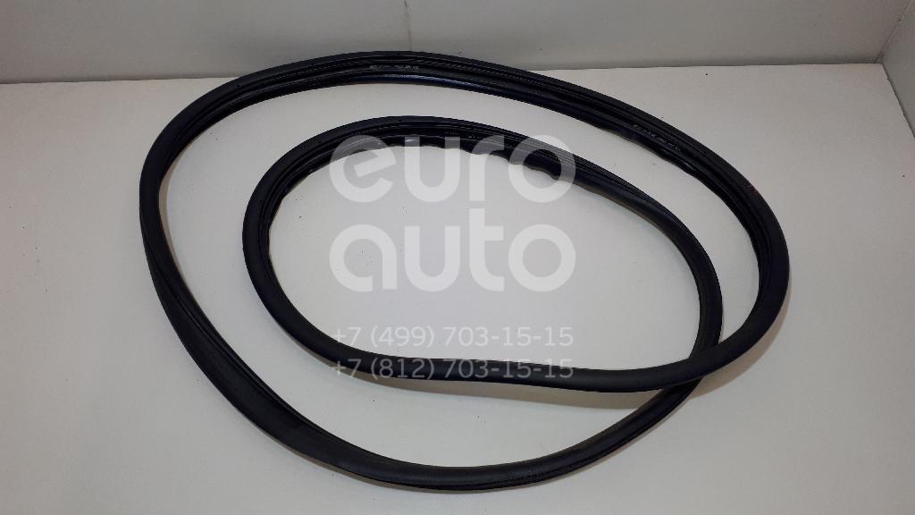 Купить Уплотнитель двери Honda CR-V 2012-; (72815T1GE01)