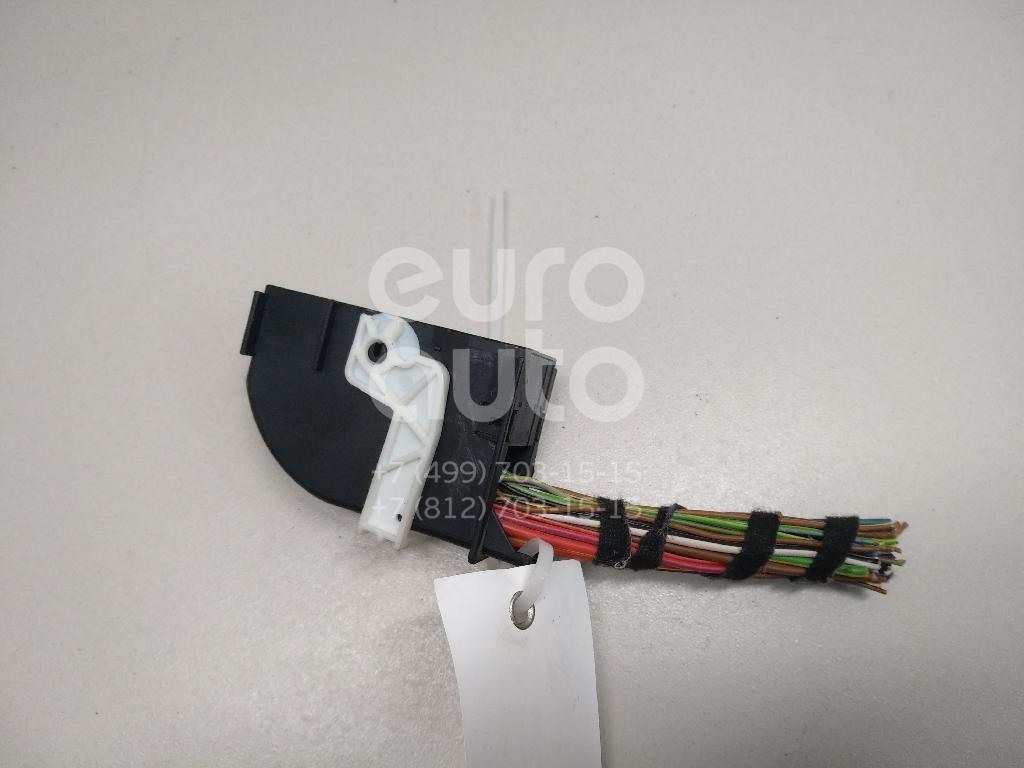 Купить Разъем VW Polo (Sed RUS) 2011-; (6R0937700)