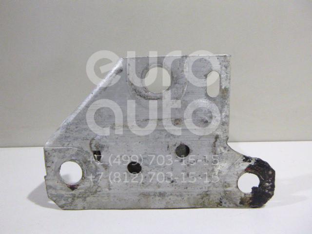 Купить Кронштейн усилителя переднего бампера левый Renault Clio III 2005-2012; (8200104187)