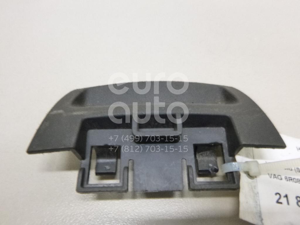 Купить Накладка декоративная VW Polo (Sed RUS) 2011-; (6R0868887A82V)