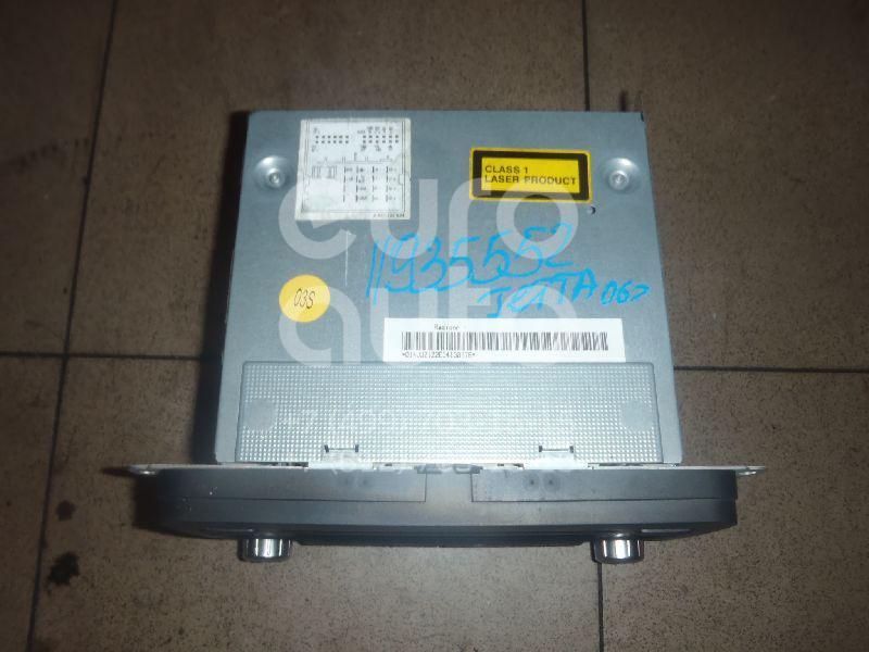 Купить Магнитола VW Jetta 2006-2011; (1K0035186P)