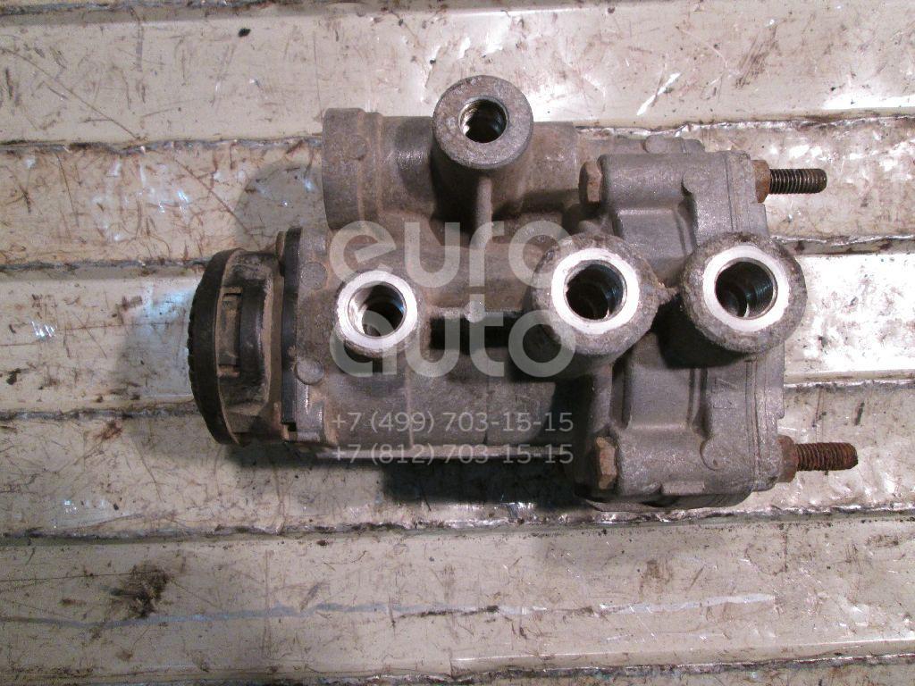 Купить Кран управления тормозами прицепа Scania 4 R series 1995-2007; (1350096)