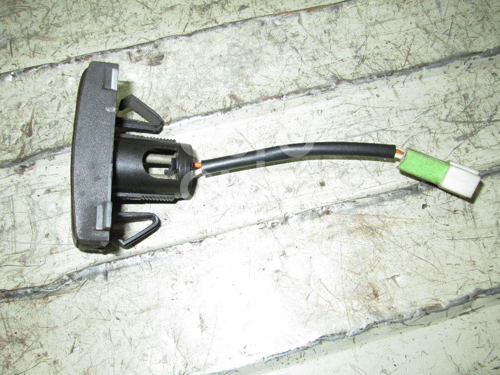 Датчик температуры воздуха Volvo TRUCK FH12 1993-1999; (8140938)  - купить со скидкой