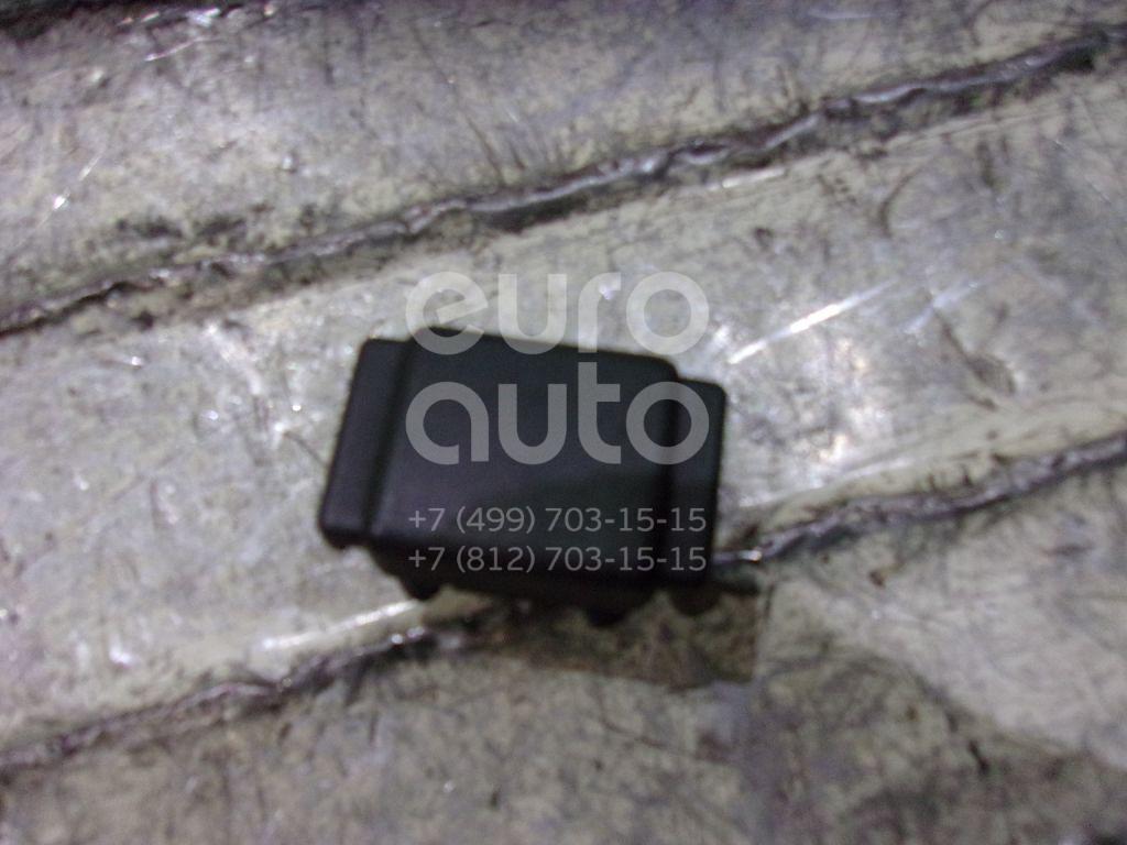 Купить Замок крышки передней консоли Renault TRUCK Magnum 2008-; (7482304410)