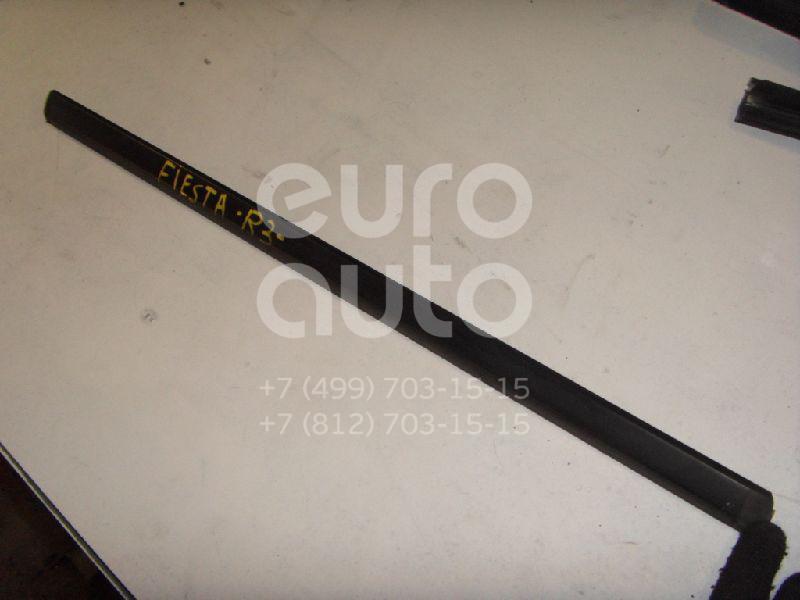 Накладка стекла заднего правого для Ford Fiesta 2001-2008 - Фото №1