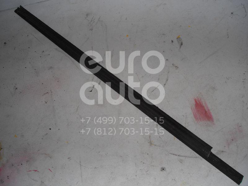 Накладка стекла заднего левого для Ford Focus I 1998-2005 - Фото №1