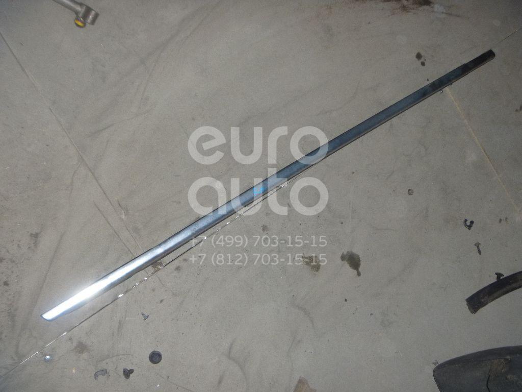 Купить Накладка стекла переднего правого VW Passat [B6] 2005-2010; (3C4837476)
