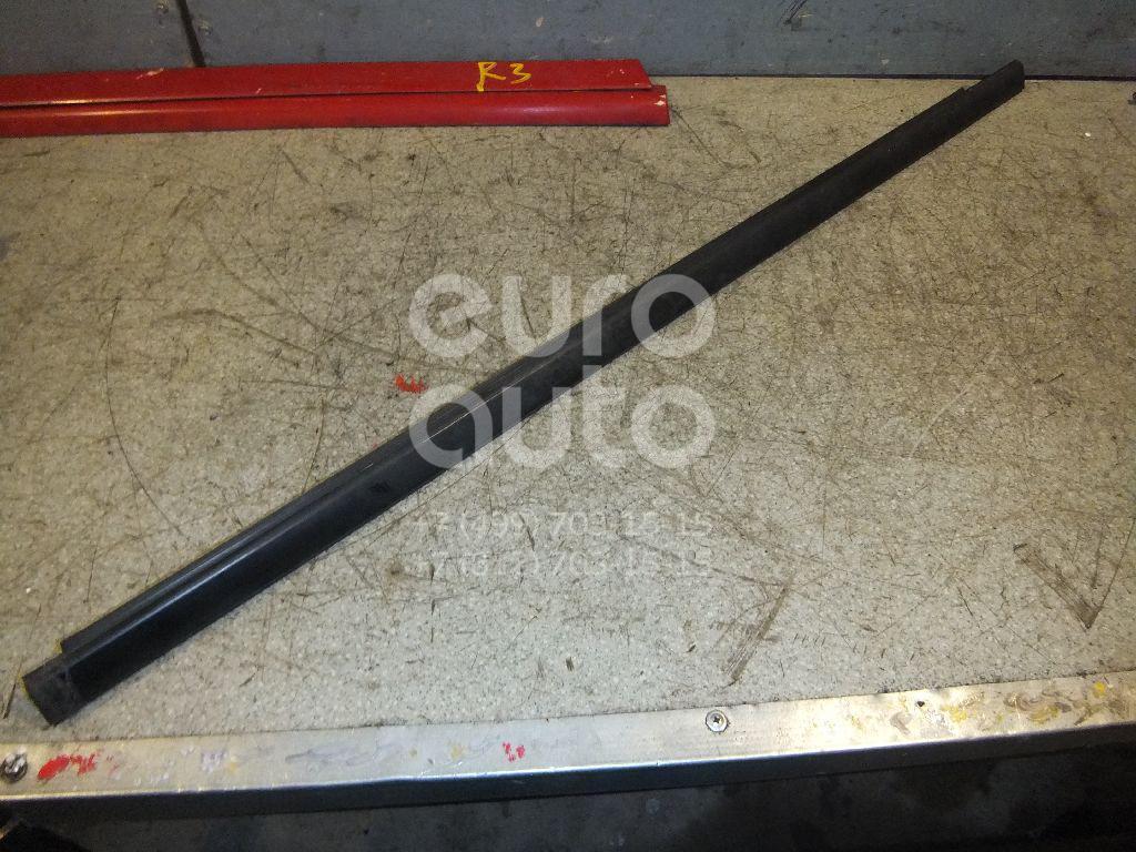 Купить Накладка стекла переднего левого Mazda MPV II (LW) 1999-2006; (LC6250650)