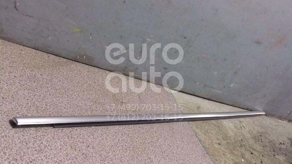 Купить Накладка стекла переднего правого VW Passat [B6] 2005-2010; (3C48374767Z7)