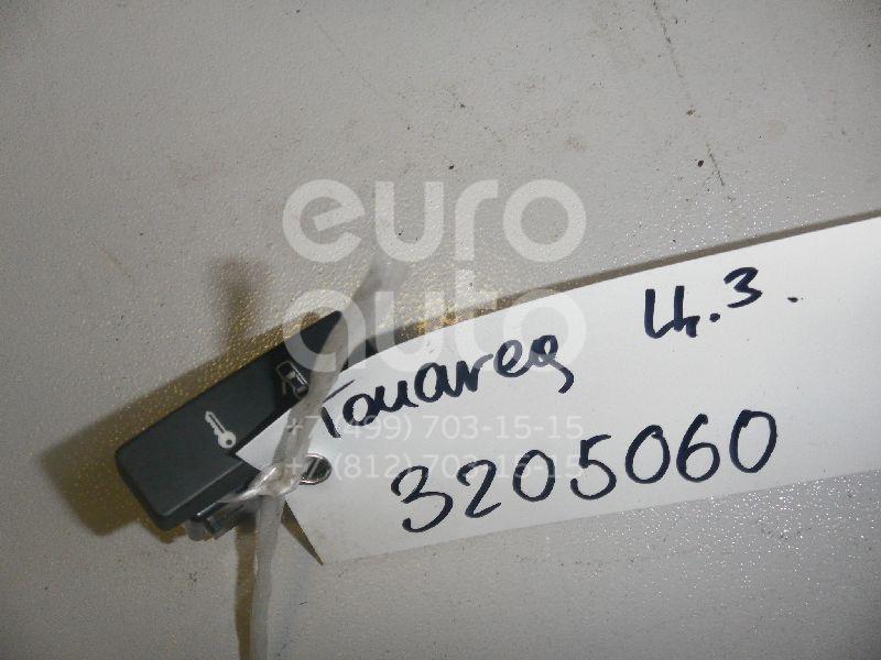 Купить Кнопка центрального замка VW Touareg 2002-2010; (7L6962125)
