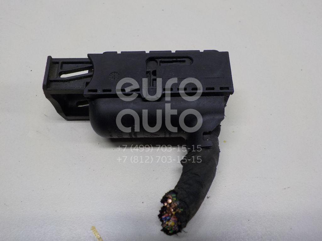 Купить Разъем VW Crafter 2006-; (3C0906385)