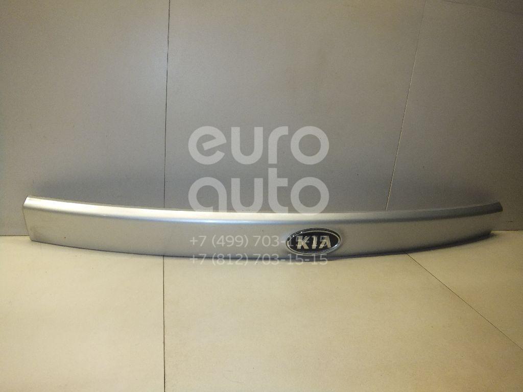 Купить Накладка двери багажника Kia Carens 2006-2012; (873101D000)