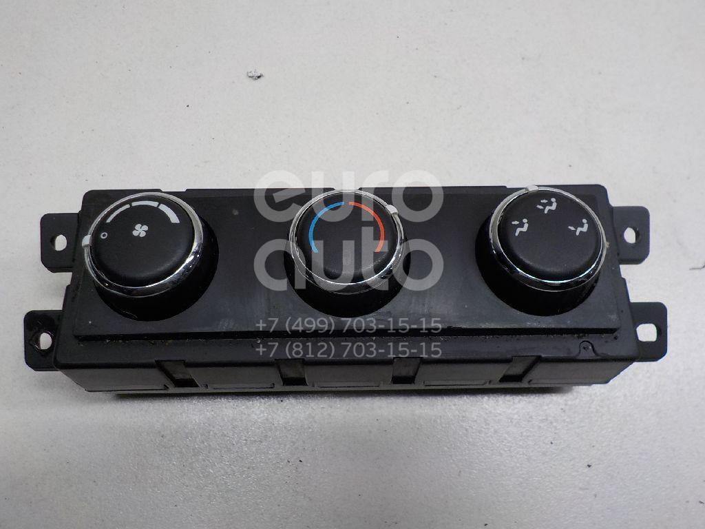 Купить Блок управления климатической установкой Chrysler Grand Voyager/Grand Caravan (RT) 2007-; (55111810AD)