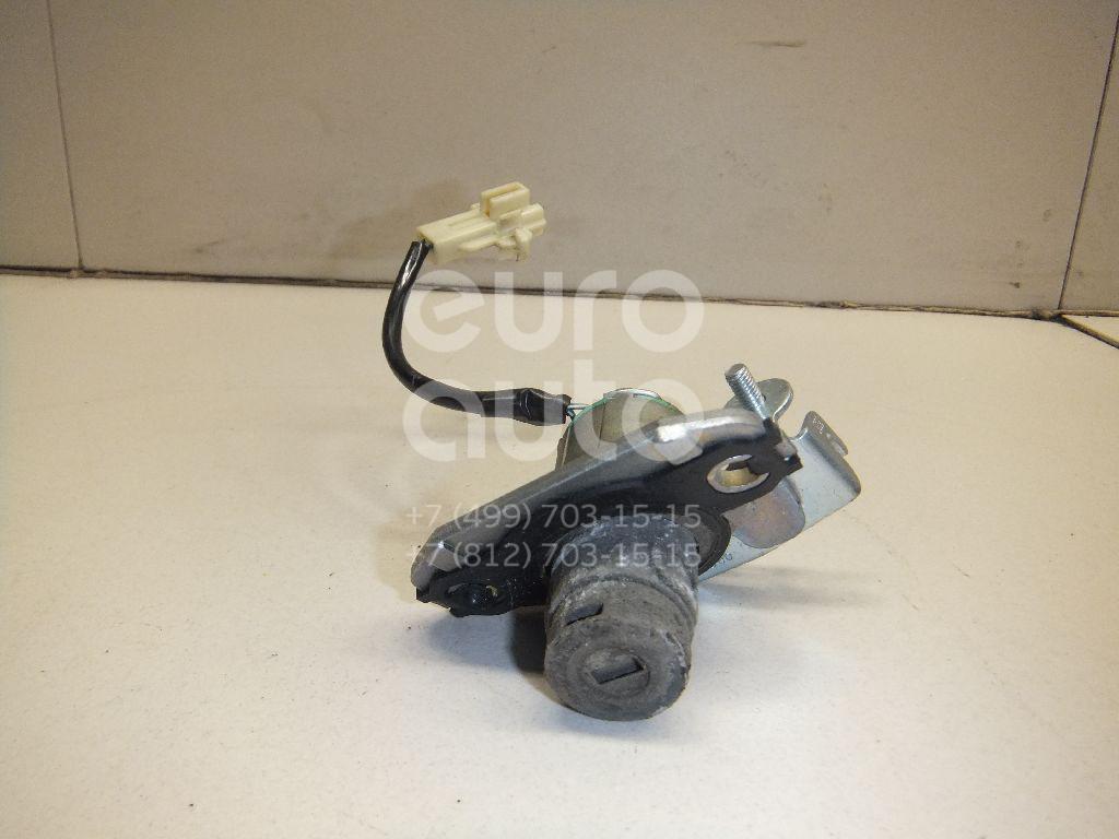 Купить Вставка замка багажника Lexus LS (USF4#) 2006-; (6905550160)
