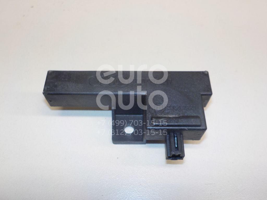 Купить Антенна VW Touareg 2010-; (8K0907247)