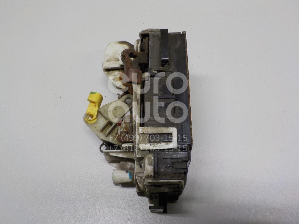 Купить Замок двери передней правой Dodge Caliber 2006-2011; (04589416AA)