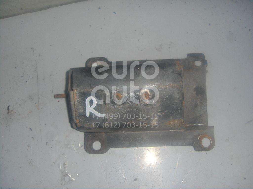 Кронштейн усилителя переднего бампера правый для Nissan Maxima (A32) 1994-2000 - Фото №1