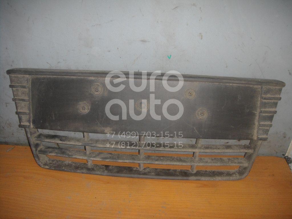 Решетка в бампер центральная для Ford Focus III 2011> - Фото №1