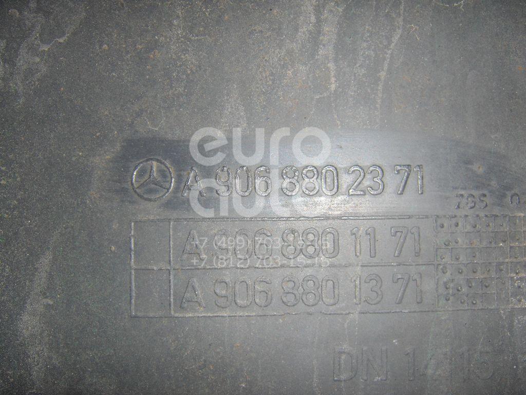 Накладка заднего бампера правая для VW,Mercedes Benz Crafter 2006>;Sprinter (906) 2006> - Фото №1
