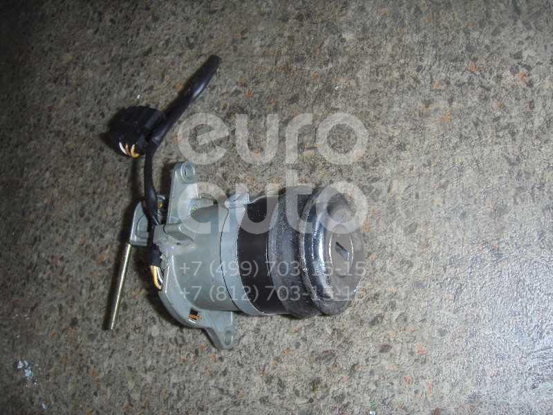 Вставка замка багажника для Audi A8 [4D] 1998-2003 - Фото №1